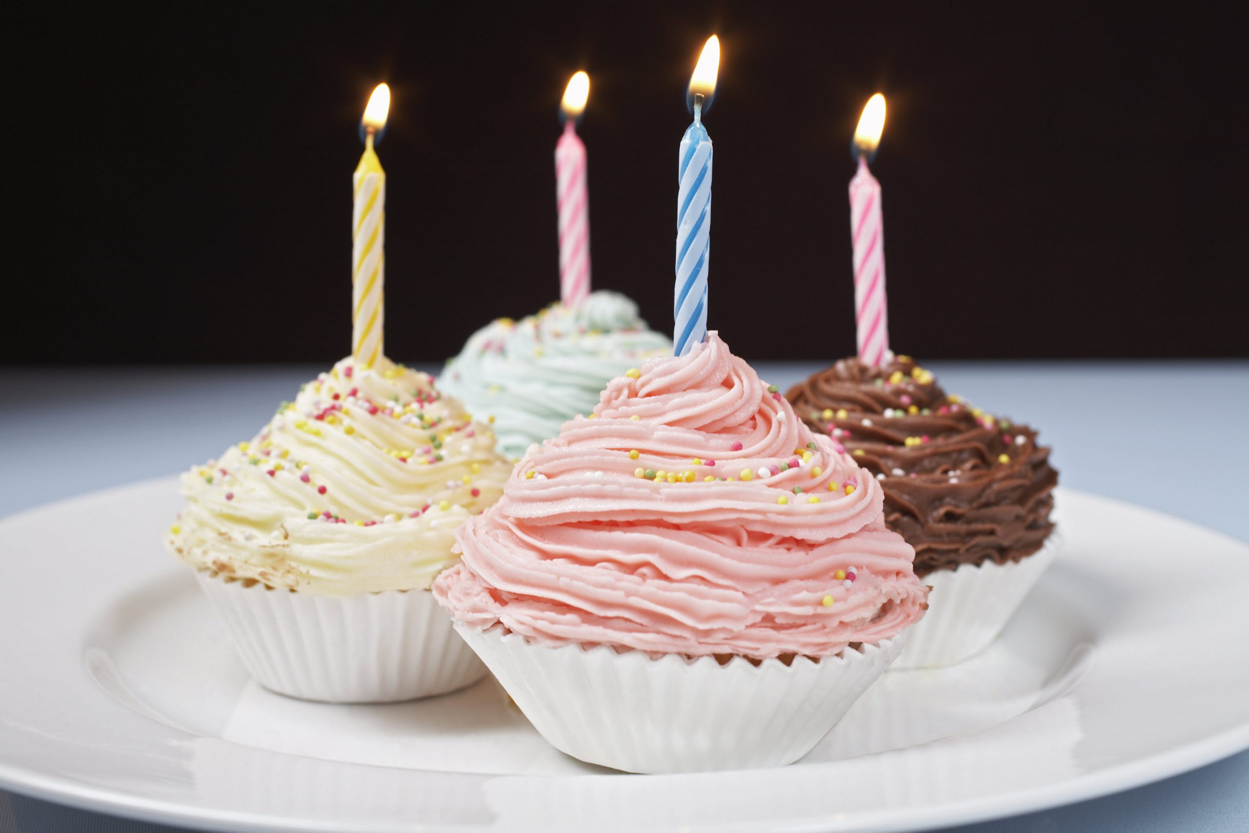 Pastel cupcakes with candles - Happy Birthday ITV Win